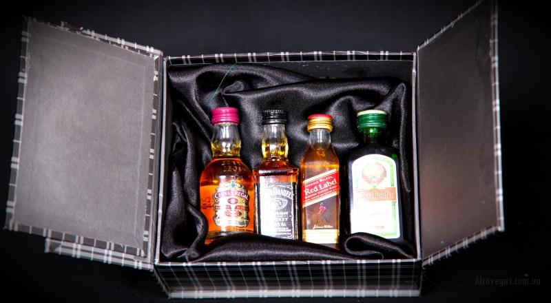 Набор виски на подарок мини бутылки