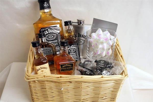 Виски Jack Daniels в подарок упаковка своими руками корзина видов виски