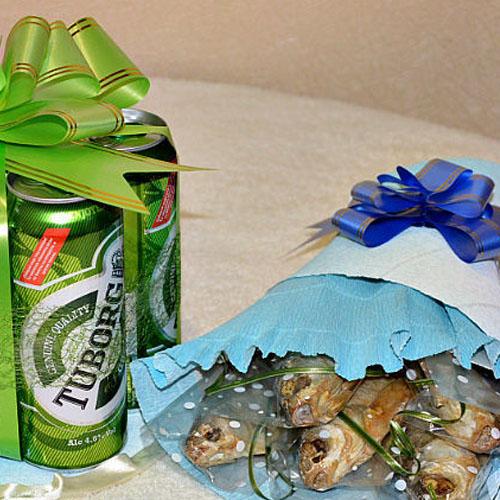 Пиво с рыбой в красивой упаковке