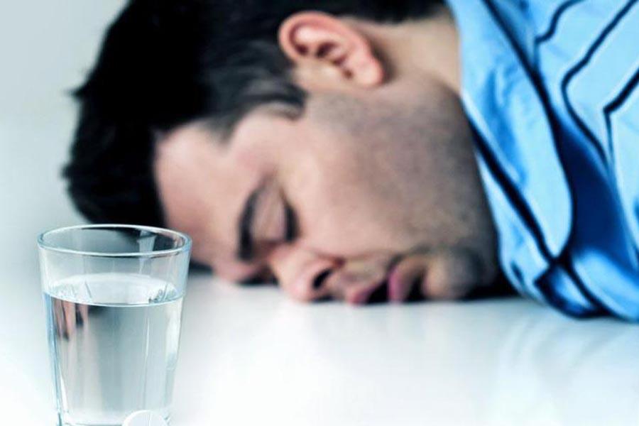 Почему после водки болит голова